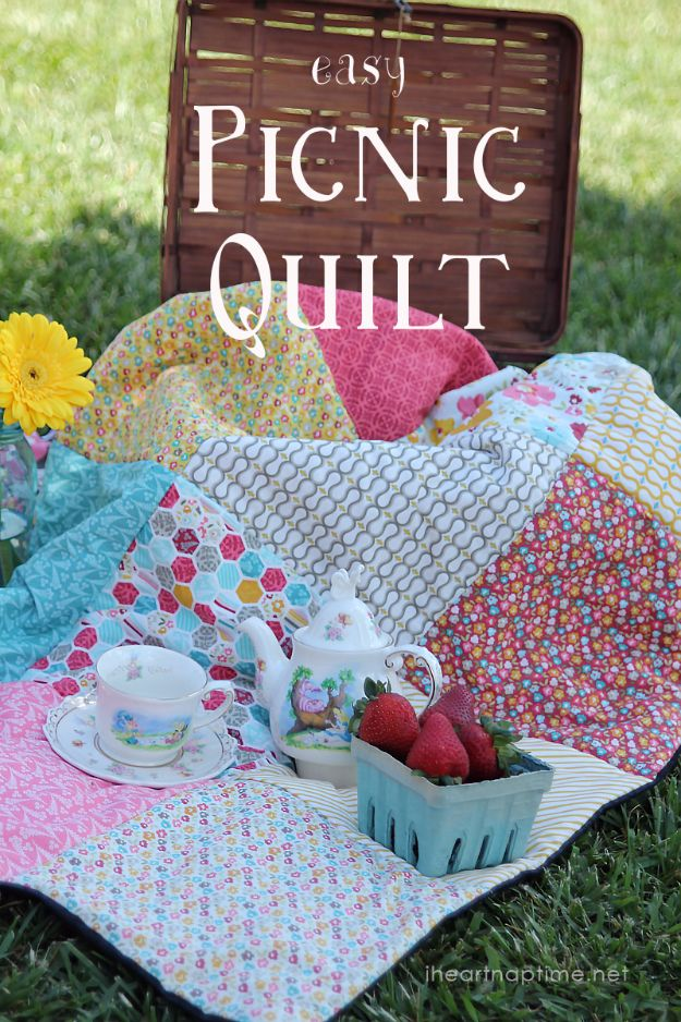 DIY Picnic Ideas - Easy Picnic Quilt - Cool Recipes and Tips for Picnics and Meals Outdoors - Recipes, Easy Sandwich Wraps, Blankets, Baskets and Carriers to Make for Fun Family Outings and Romantic Date Ideas - Mason Jar Drinks, Snack Holders, Utensil Caddy and Picnic Hacks
