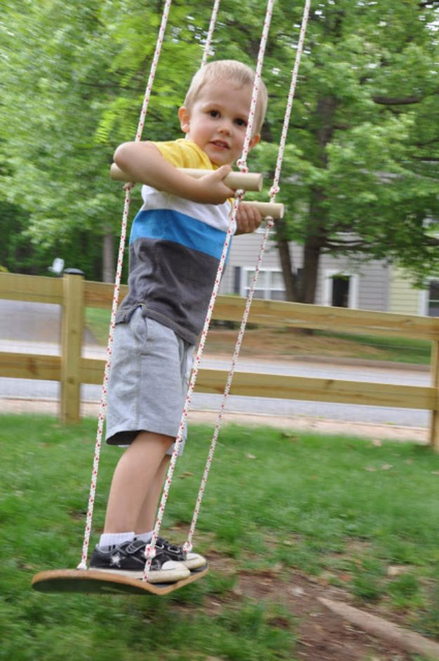 DIY Swings - Easy Skateboard Swing - Best Do It Yourself Swing Projects and Tutorials for Tire, Rocking, Hanging, Double Seat, Porch, Patio and Yard. Easy Ideas for Kids and Adults - Make The Best Backyard Ever This Summer With These Awesome Seating and Play Ideas for Swings - Creative Home Decor and Crafts by DIY JOY