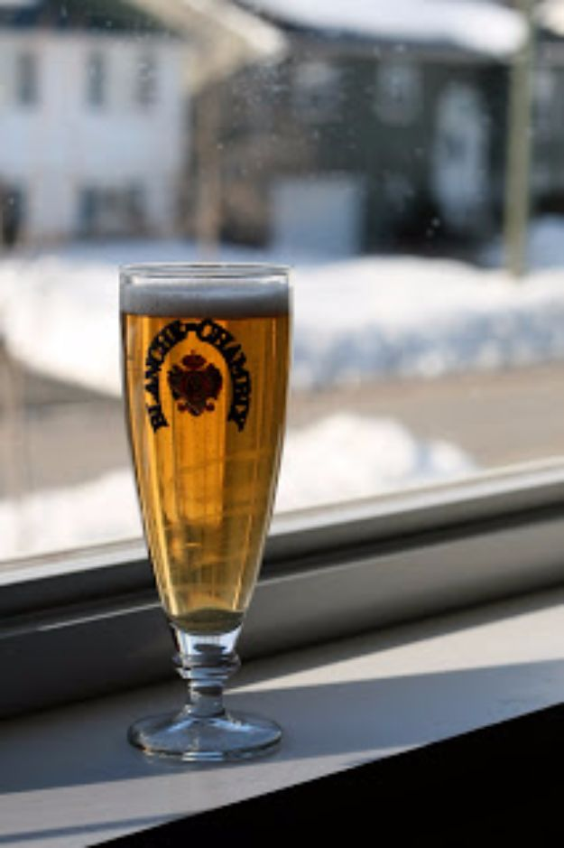 Best Homemade Beer Recipes - Fermented Lager Brew - Easy Homebrew Drinks and Brewing Tutorials for Craft Beers Made at Home - IPA, Summer, Red, Lager and Ales - Instructions and Step by Step Tutorials for Making Beer at Home http://diyjoy.com/homemade-beer-recipes