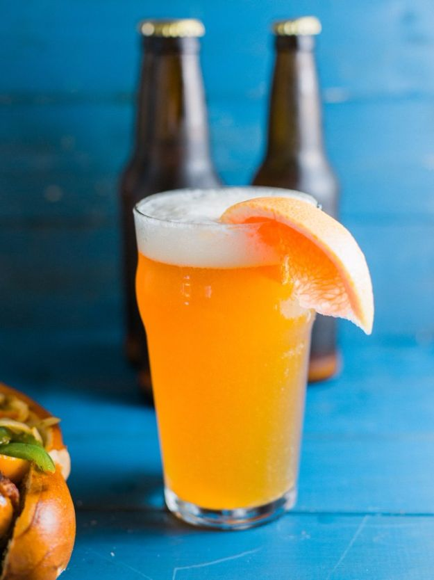 Best Homemade Beer Recipes - Grapefruit Honey Ale - Easy Homebrew Drinks and Brewing Tutorials for Craft Beers Made at Home - IPA, Summer, Red, Lager and Ales - Instructions and Step by Step Tutorials for Making Beer at Home http://diyjoy.com/homemade-beer-recipes