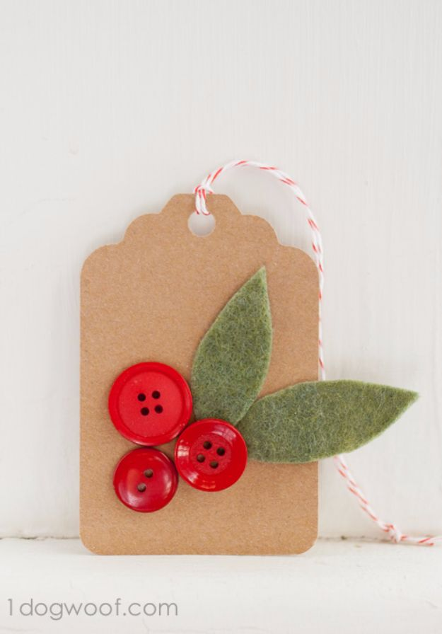 Homemade Gift Cards and Tags - Holly Sprigs With Twine Gift Tag - Easy and Cheap Ideas for Creative Handmade Birthday, Christmas, Mothers Day and Father Day Cards - Cute Holiday Gift Tags, Dollar Store Crafts, Homemade DIY Gifts and Gift Card Holders You Can Make at Home - Fun Crafts for Adults, Kids and Teens #diygifts #gifttags