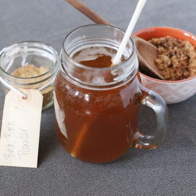 Best Homemade Beer Recipes - Homemade Birch Beer - Easy Homebrew Drinks and Brewing Tutorials for Craft Beers Made at Home - IPA, Summer, Red, Lager and Ales - Instructions and Step by Step Tutorials for Making Beer at Home http://diyjoy.com/homemade-beer-recipes
