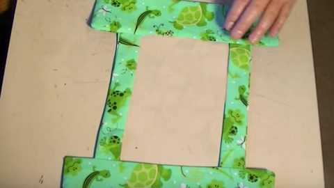 She Finishes Off A Colorful Trim And What She Attaches It To Is Perfect For Her Toddler (Watch!) | DIY Joy Projects and Crafts Ideas