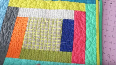 Simple Log Cabin Quilt Tutorial (Beginner Project Idea)   DIY Joy Projects and Crafts Ideas