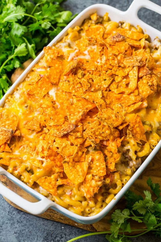 DIY Recipes Made With Doritos - Nacho Mac And Cheese - Best Dorito Recipes for Casserole, Taco Salad, Chicken Dinners, Beef Casseroles, Nachos, Easy Cool Ranch Meals and Ideas for Dips, Snacks and Kids Recipe Tutorials - Quick Lunch Ideas and Recipes for Parties http://diyjoy.com/recipe-ideas-doritos