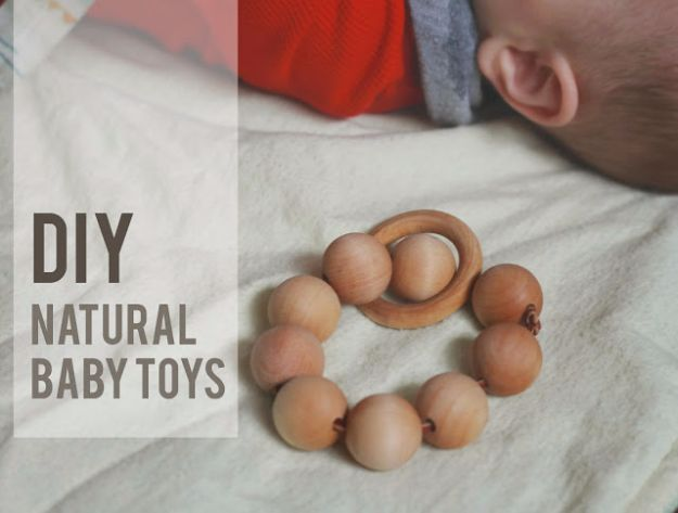DIY Ideas for Newborn - Natural Baby Toys - Do It Yourself Projects for the New Baby Boy or Girl - Nursery and Room Decor, Gear and Products, Safety Ideas and Other Practical Items Make Great DIY Baby Gifts