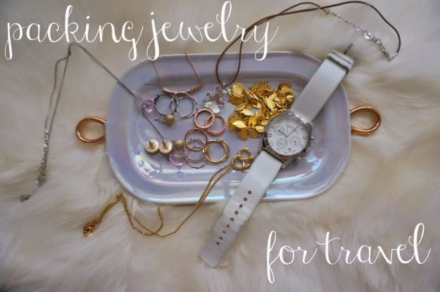 Packing Tips for Travel - Packing Jewelry For Travel - Easy Ideas for Packing a Suitcase To Maximize Space - Tricks and Hacks for Folding Clothes, Storing Toiletries, Shampoo and Makeup - Keep Clothing Wrinkle Free in Your Bag http://diyjoy.com/packing-tips-travel