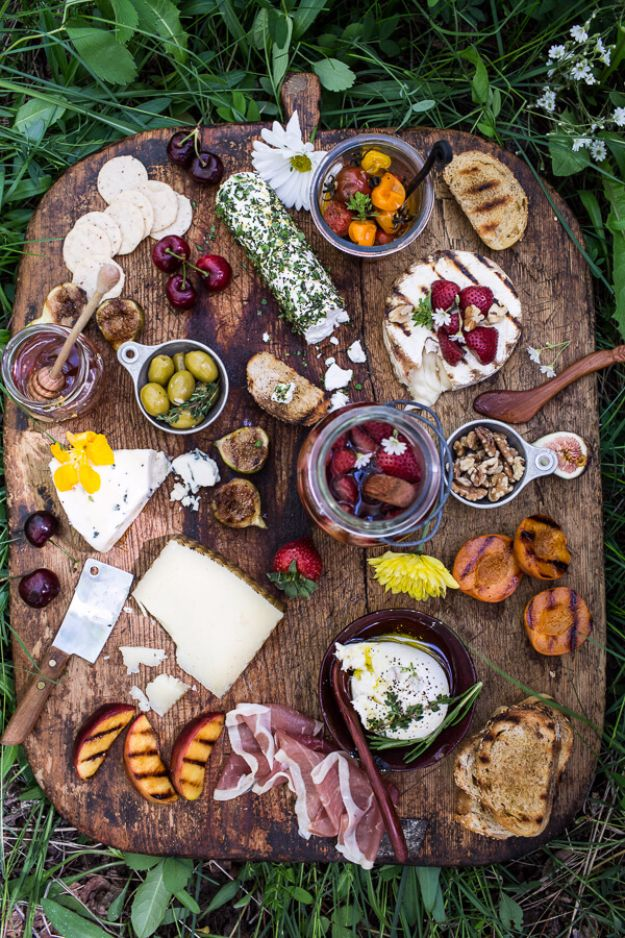 DIY Picnic Ideas - Picnic Summer Cheeseboard - Cool Recipes and Tips for Picnics and Meals Outdoors - Recipes, Easy Sandwich Wraps, Blankets, Baskets and Carriers to Make for Fun Family Outings and Romantic Date Ideas - Mason Jar Drinks, Snack Holders, Utensil Caddy and Picnic Hacks