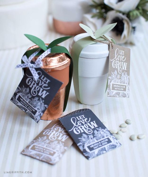 DIY Wedding Favors - Seed Packet Wedding Favors - Do It Yourself Ideas for Brides and Best Wedding Favor Ideas for Weddings - cheap wedding favor ideas #wedding #diyc