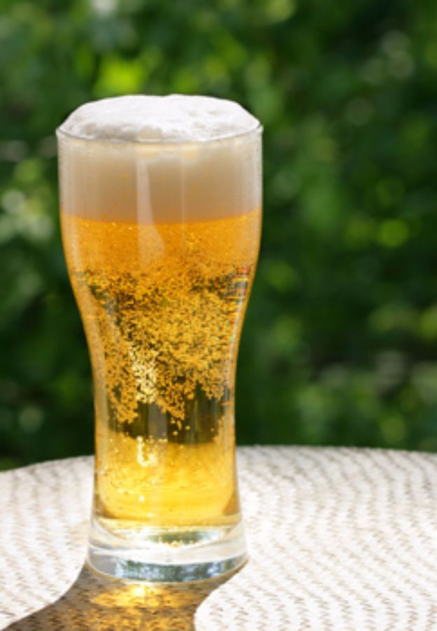 Best Homemade Beer Recipes - Summer Ale - Easy Homebrew Drinks and Brewing Tutorials for Craft Beers Made at Home - IPA, Summer, Red, Lager and Ales - Instructions and Step by Step Tutorials for Making Beer at Home http://diyjoy.com/homemade-beer-recipes