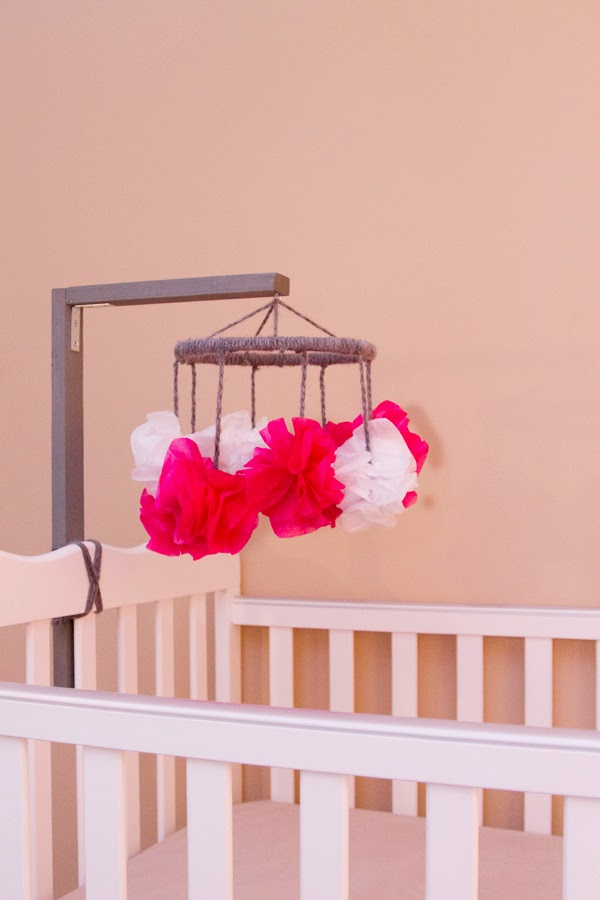 31 diy ideas for the newborn in your house diy ideas for newborn baby mobile do it yourself projects for the new baby solutioingenieria Images