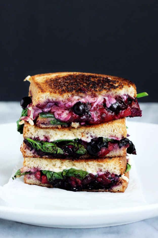 Best Recipe Ideas for Summer - Balsamic Berry Vegan Grilled Cheese - Cool Salads, Easy Side Dishes, Recipes for Summer Foods and Dinner to Beat the Heat - Light and Healthy Ideas for Hot Summer Nights, Pool Parties and Picnics http://diyjoy.com/best-recipes-summer