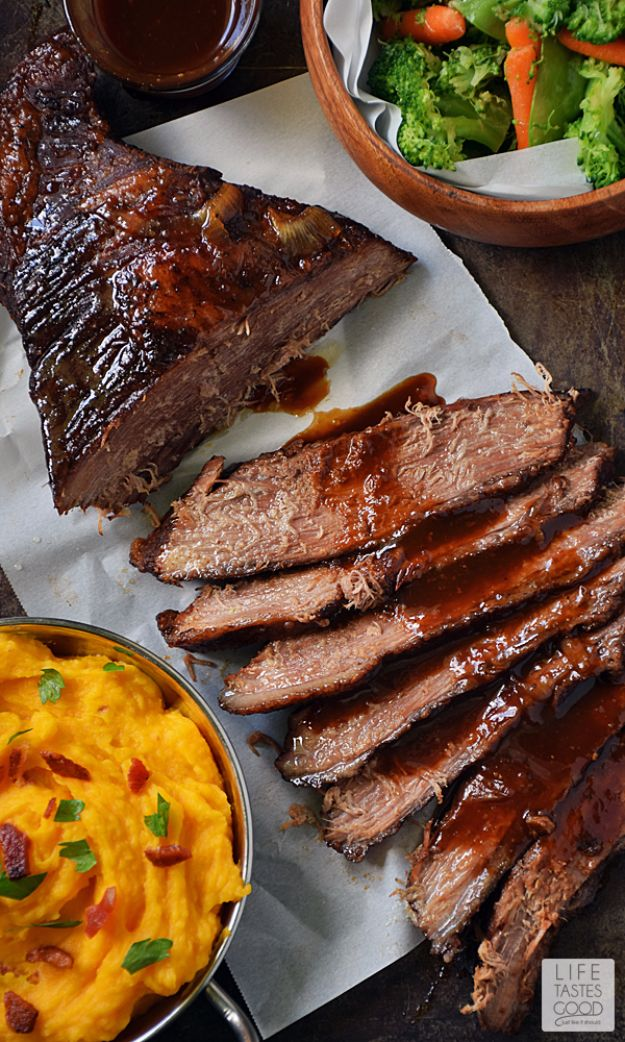 Best Recipes Made With Beer - Beer Braised Beef Brisket - Easy Dinner, Lunch and Snack Recipe Ideas Made With Beer - Food for the Slow Cooker and Crockpot, Meat and Chicken Dishes, Appetizers, Homemade Pretzels, Summer BBQ Sauces and PArty Food Ideas http://diyjoy.com/best-recipes-made-with-beer