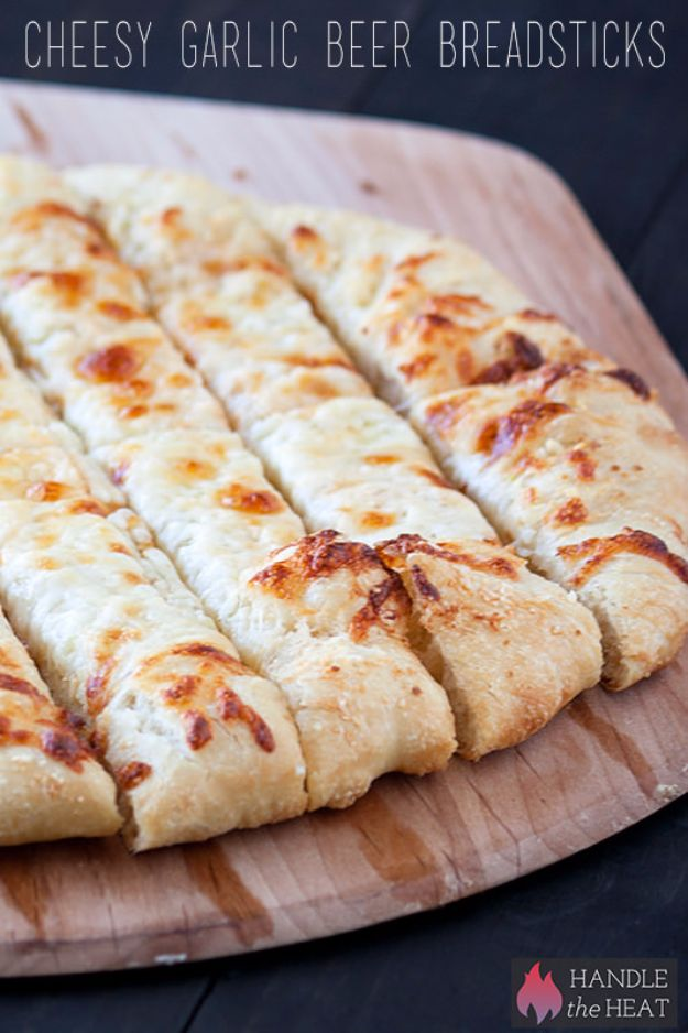 Best Recipes Made With Beer - Cheesy Garlic Beer Breadsticks - Easy Dinner, Lunch and Snack Recipe Ideas Made With Beer - Food for the Slow Cooker and Crockpot, Meat and Chicken Dishes, Appetizers, Homemade Pretzels, Summer BBQ Sauces and PArty Food Ideas