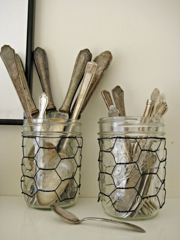 diy ideas chicken wire crafts -Chicken Wire Glass Jar Sleeves - Rustic Farmhouse Decor Tutorials With Chickenwire and Easy Vintage Shabby Chic Home Decor for Kitchen, Living Room and Bathroom - Creative Country Crafts #diy #crafts