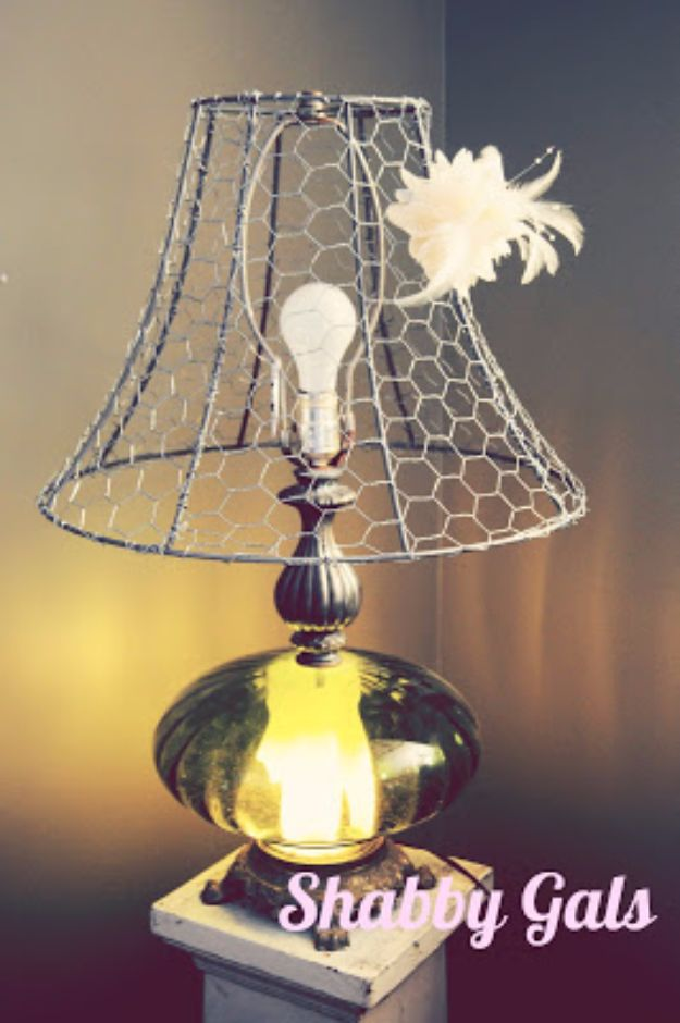 diy ideas chicken wire crafts -Chicken Wire Lampshade - Rustic Farmhouse Decor Tutorials With Chickenwire and Easy Vintage Shabby Chic Home Decor for Kitchen, Living Room and Bathroom - Creative Country Crafts #diy #crafts
