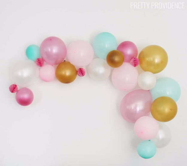 DIY Backyard Party Decor - DIY Balloon Garland - Cool Ideas for Decorations for Parties - Easy and Cheap Crafts for Summer Barbecues and Family Get Togethers, Swimming and Pool Party Fun - Step by Step Tutorials For Banners, Table Decor, Serving Ideas and Mason Jar Crafts http://diyjoy.com/diy-backyard-party-decor