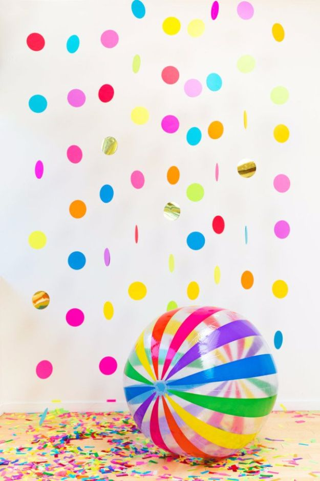 DIY Backyard Party Decor - DIY Floating Confetti Booth - Cool Ideas for Decorations for Parties - Easy and Cheap Crafts for Summer Barbecues and Family Get Togethers, Swimming and Pool Party Fun - Step by Step Tutorials For Banners, Table Decor, Serving Ideas and Mason Jar Crafts http://diyjoy.com/diy-backyard-party-decor