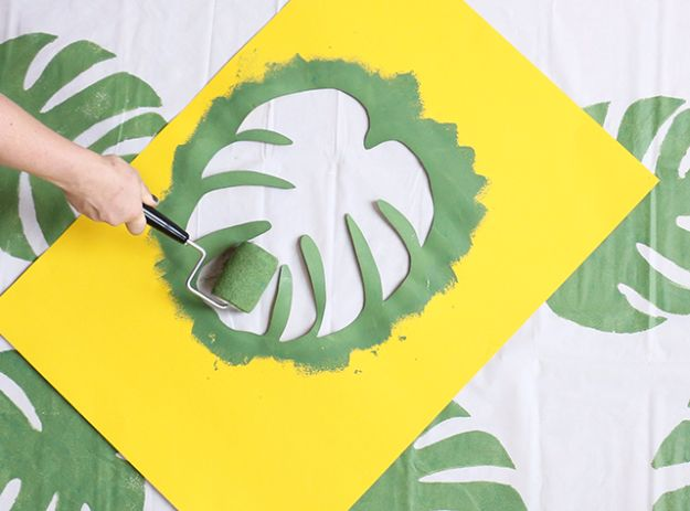 DIY Stencil Ideas - DIY Philodendron Beach Blanket - Cool and Easy Stenciling Tutorials For Making Handmade Wallpaper and Designs, Furniture Makeover Ideas and Crafty Modern Decor With Stencils - Rustic Farmhouse Paint Techniques and Step by Step Instructions for Using Stencil Art in Your Living Room, Bedroom, Bathroom and Crafts http://diyjoy.com/diy-stencil-ideas-projects