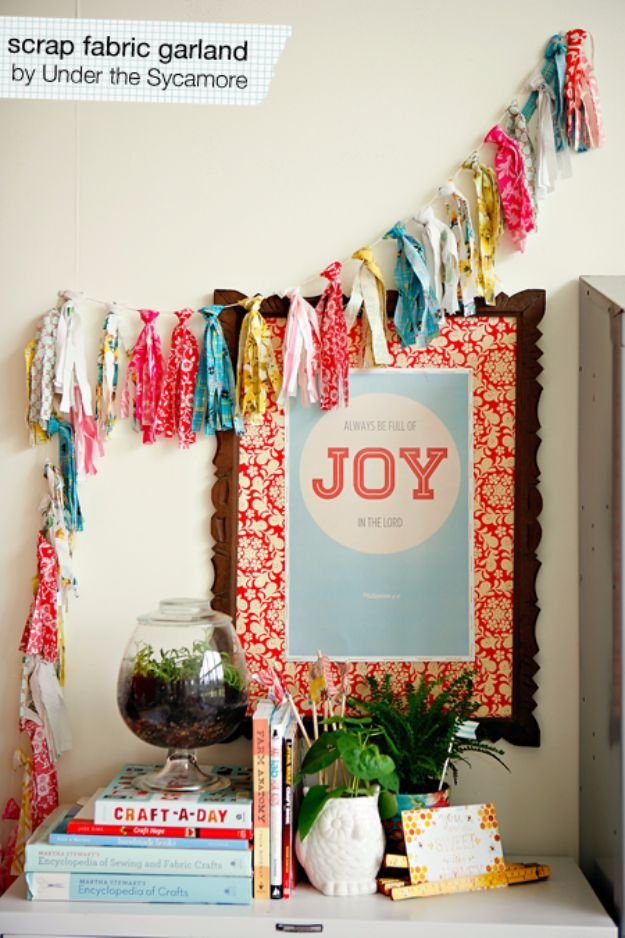 Best Quilting and Fabric Scraps Projects - DIY Scrap Fabric Garland - Easy Ideas for Making DIY Home Decor, Homemade Gifts, Wall Art , Kitchen Accessories, Clothes and Fashion from Leftover Fabric Scrap and Quilt Pieces - Cute Do It Yourself Ideas for Birthday, Christmas, Baby and Friends http://diyjoy.com/quilting-scraps-projects