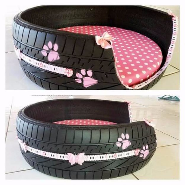 DIY Ideas With Old Tires - DIY Tire Dog Bed - Rustic Farmhouse Decor Tutorials and Projects Made With An Old Tire - Easy Vintage Shelving, Wall Art, Swing, Ottoman, Seating, Furniture, Gardeing Ideas and Home Decor for Kitchen, Living Room, Bathroom and Backyard - Creative Country Crafts, Rustic Wall Art and Accessories to Make and Sell