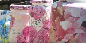 This 5 Minute Decoupage Project Will Net You The Prettiest Mason Jars Ever!