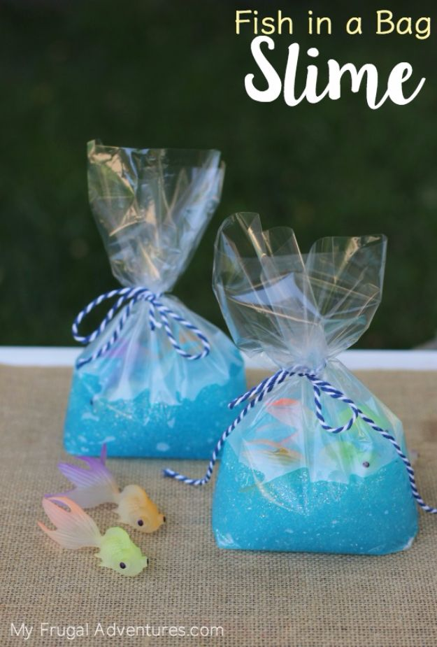 DIY Ideas for Kids To Make This Summer - Fish In A Bag Slime - Fun Crafts and Cool Projects for Boys and Girls To Make at Home - Easy and Cheap Do It Yourself Project Ideas With Paint, Glue, Paper, Glitter, Chalk and Things You Can Find Around The House - Creative Arts and Crafts Ideas for Children http://diyjoy.com/diy-ideas-kids-summer
