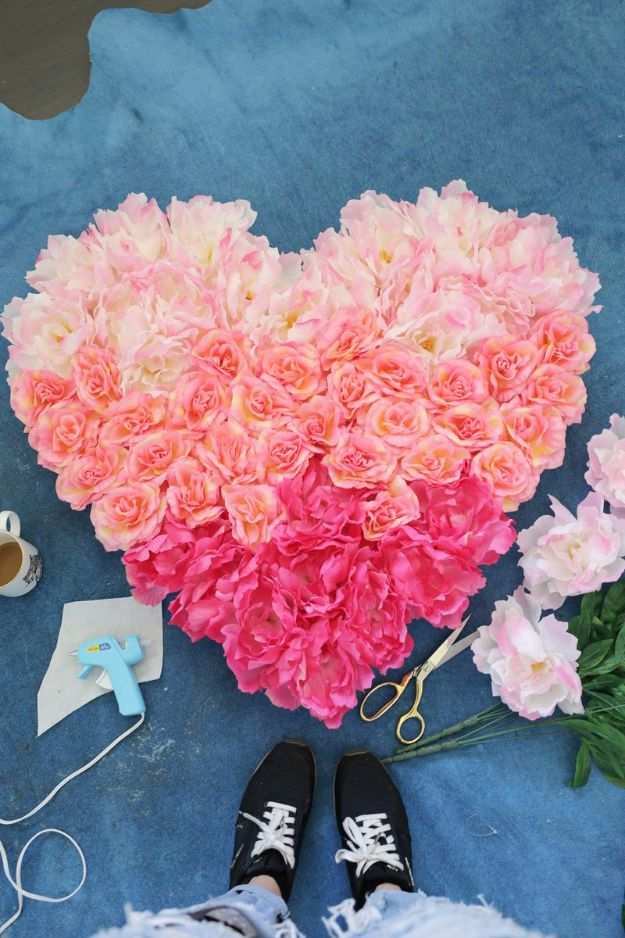 DIY Backyard Party Decor - Hanging Flower Heart DIY - Cool Ideas for Decorations for Parties - Easy and Cheap Crafts for Summer Barbecues and Family Get Togethers, Swimming and Pool Party Fun - Step by Step Tutorials For Banners, Table Decor, Serving Ideas and Mason Jar Crafts http://diyjoy.com/diy-backyard-party-decor