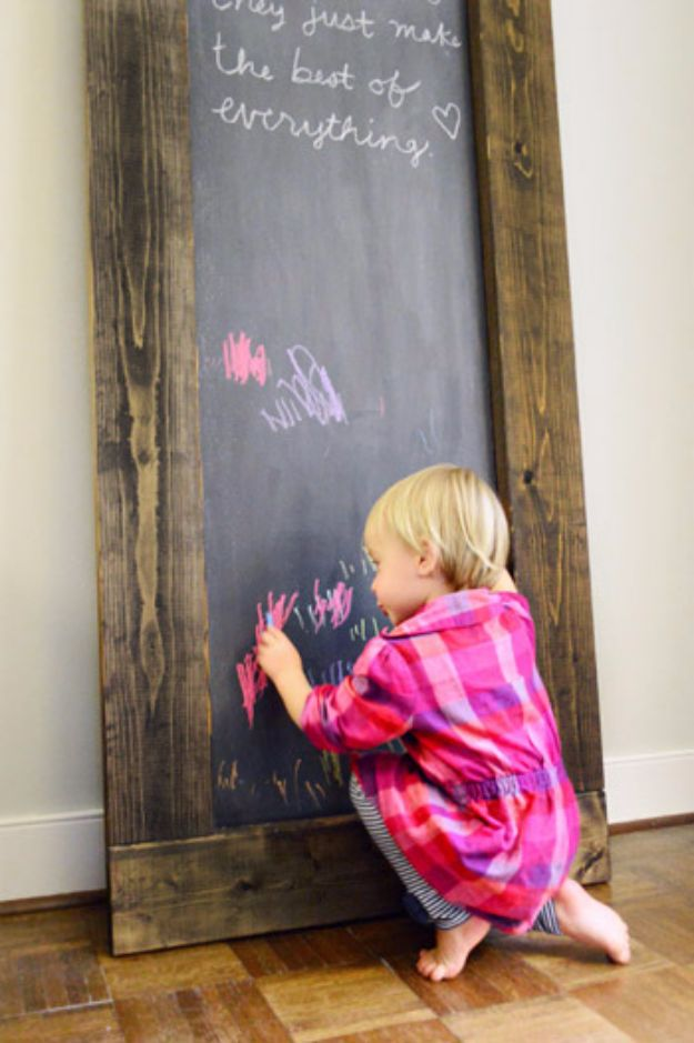 Best Country Decor Ideas - Leaning Chalkboard - Rustic Farmhouse Decor Tutorials and Easy Vintage Shabby Chic Home Decor for Kitchen, Living Room and Bathroom - Creative Country Crafts, Rustic Wall Art and Accessories to Make and Sell http://diyjoy.com/country-decor-ideas