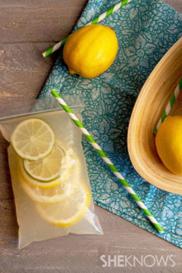 DIY Hacks for Summer - Lemonade Pouches - Easy Projects to Try This Summer To Get Organized, Spend Time Outdoors, Play With The Kids, Stay Cool In The Heat - Tips and Tricks to Make Summertime Awesome - Crafts and Home Decor by DIY JOY http://diyjoy.com/diy-hacks-summer