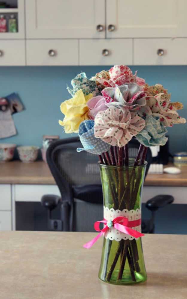 Best Quilting and Fabric Scraps Projects - Long Stemmed Fabric Flowers - Easy Ideas for Making DIY Home Decor, Homemade Gifts, Wall Art , Kitchen Accessories, Clothes and Fashion from Leftover Fabric Scrap and Quilt Pieces - Cute Do It Yourself Ideas for Birthday, Christmas, Baby and Friends http://diyjoy.com/quilting-scraps-projects