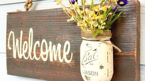 She Makes An Easy And Cheap Mason Jar Sign For A Great