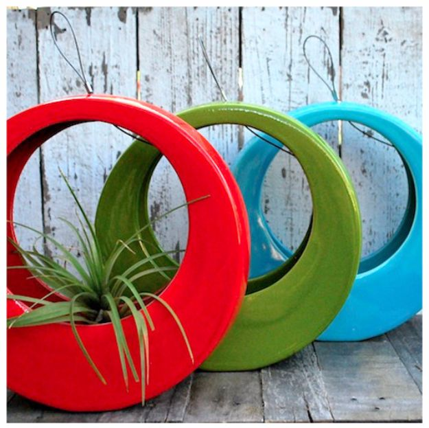 DIY Ideas With Old Tires - Modern Twist On Used Tires - Rustic Farmhouse Decor Tutorials and Projects Made With An Old Tire - Easy Vintage Shelving, Wall Art, Swing, Ottoman, Seating, Furniture, Gardeing Ideas and Home Decor for Kitchen, Living Room, Bathroom and Backyard - Creative Country Crafts, Rustic Wall Art and Accessories to Make and Sell http://diyjoy.com/diy-projects-old-tires