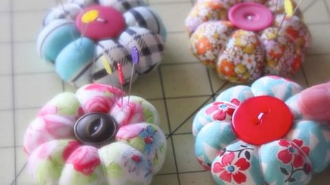 The Easiest and Cutest Little Pin Cushions Ever Are Made From Fabric Scraps! | DIY Joy Projects and Crafts Ideas