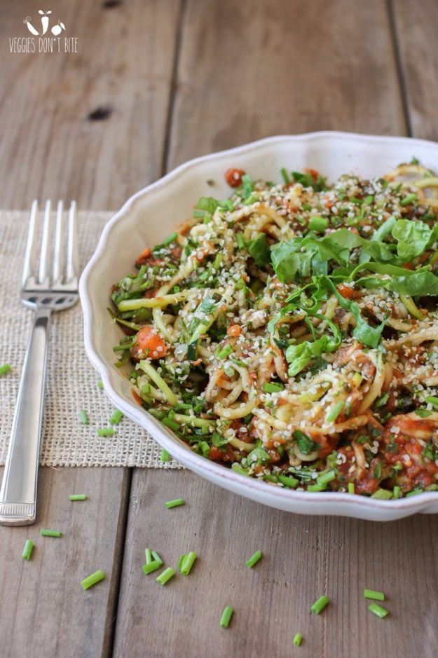 Best Recipe Ideas for Summer - Raw Zucchini Veggie Noodles - Cool Salads, Easy Side Dishes, Recipes for Summer Foods and Dinner to Beat the Heat - Light and Healthy Ideas for Hot Summer Nights, Pool Parties and Picnics http://diyjoy.com/best-recipes-summer