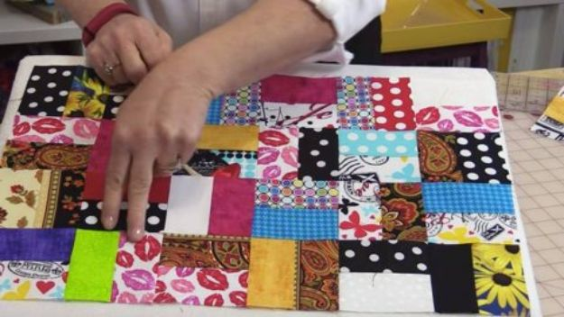 Best Quilting and Fabric Scraps Projects - Scrappy Quilt - Easy Ideas for Making DIY Home Decor, Homemade Gifts, Wall Art , Kitchen Accessories, Clothes and Fashion from Leftover Fabric Scrap and Quilt Pieces - Cute Do It Yourself Ideas for Birthday, Christmas, Baby and Friends http://diyjoy.com/quilting-scraps-projects