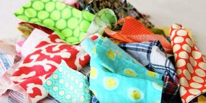 Watch These Brilliant Ideas For Using Those Scrap Fabrics You've Been Toting Around!