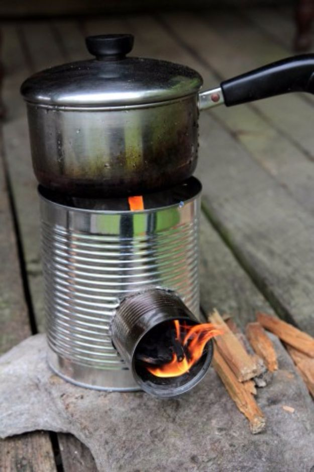 DIY Ideas With Old Tin Cans - Tin Can Portable Rocket Stove - Rustic Farmhouse Decor Tutorials and Projects Made With An Old Tin Can - Easy Vintage Shelving, Wall Art, Picture Frames and Home Decor for Kitchen, Living Room and Bathroom - Creative Country Crafts, Craft Room Storage, Silverware Holder, Rustic Wall Art and Accessories to Make and Sell http://diyjoy.com/diy-projects-tin-cans