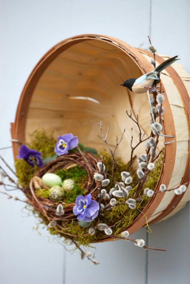Best Country Crafts For The Home - Wreath Inside A Basket - Cool and Easy DIY Craft Projects for Home Decor, Dollar Store Gifts, Furniture and Kitchen Accessories - Creative Wall Art Ideas, Rustic and Farmhouse Looks, Shabby Chic and Vintage Decor To Make and Sell http://diyjoy.com/country-crafts-for-the-home