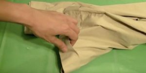 You Won't Believe The Incredibly Useful Item She Makes By Repurposing A Pair Of Old Pants (Watch!)