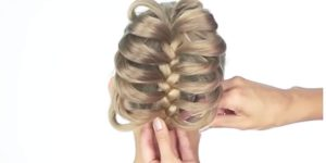 12 Incredible Hairstyles You Can Do In Less Than A Minute. Watch!