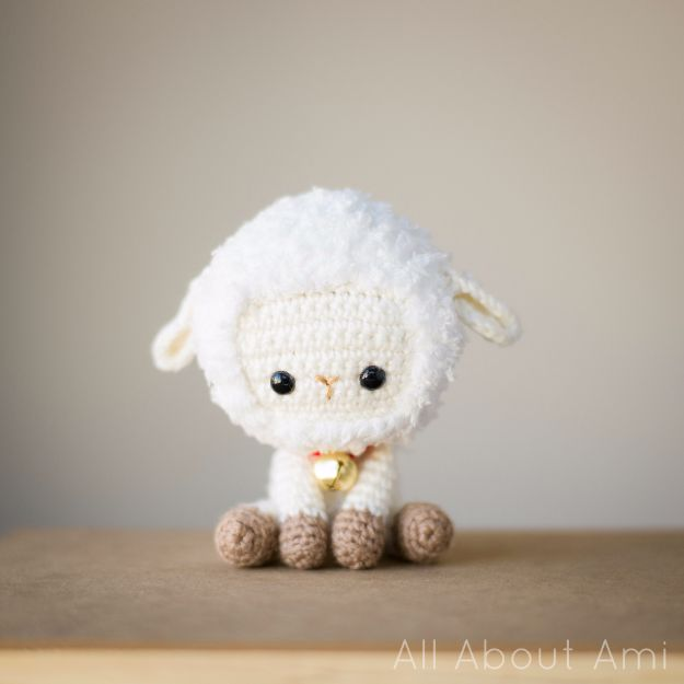 Free Amigurumi Patterns For Beginners and Pros - Chinese New Year Sheep - Easy Amigurimi Tutorials With Step by Step Instructions - Learn How To Crochet Cute Amigurimi Animals, Doll, Mobile, Mini Elephant, Cat, Dinosaur, Owl, Bunny, Dog - Creative Ways to Crochet Cool DIY Gifts for Kids, Teens, Baby and Adults #amigurumi #crochet