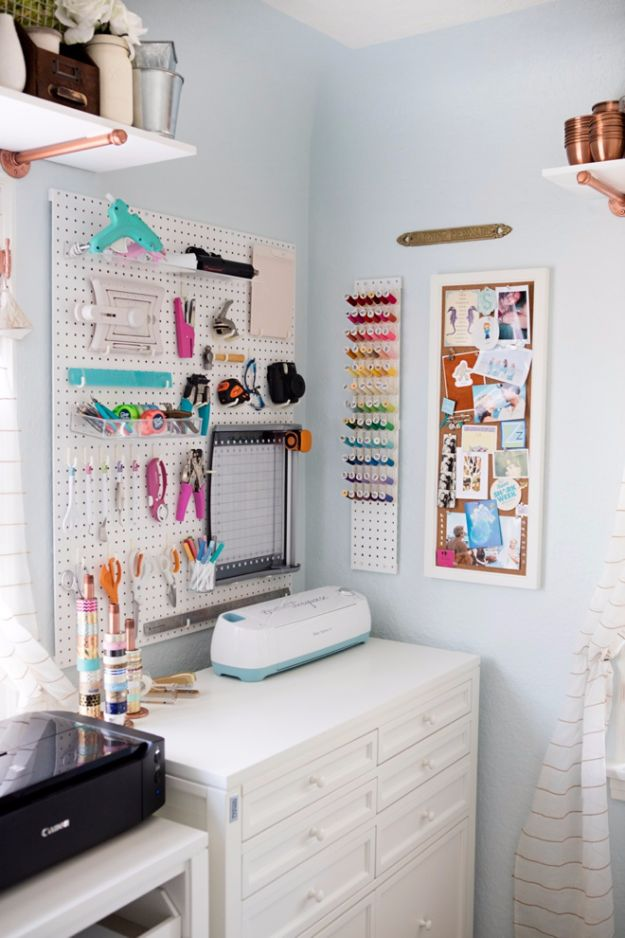 DIY Craft Room Ideas and Craft Room Organization Projects - Craft Cubby - Cool Ideas for Do It Yourself Craft Storage, Craft Room Decor and Organizing Project Ideas - fabric, paper, pens, creative tools, crafts supplies, shelves and sewing notions