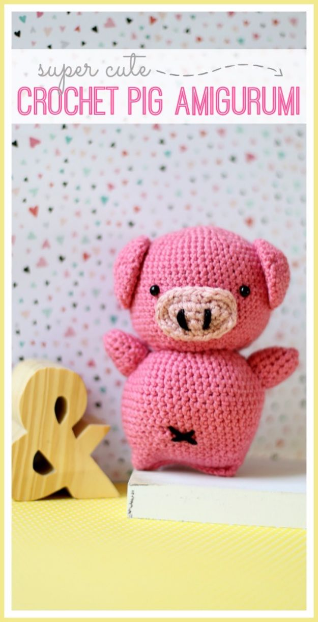 Free Amigurumi Patterns For Beginners and Pros - Crochet Pig Amigurumi - Easy Amigurimi Tutorials With Step by Step Instructions - Learn How To Crochet Cute Amigurimi Animals, Doll, Mobile, Mini Elephant, Cat, Dinosaur, Owl, Bunny, Dog - Creative Ways to Crochet Cool DIY Gifts for Kids, Teens, Baby and Adults #amigurumi #crochet