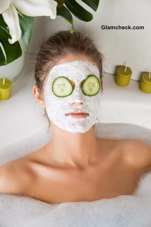 DIY Spa Day Ideas - Cucumber Face Mask for Oily and Acne-Prone Skin - Easy Sugar Scrubs, Lotions and Bath Ideas for The Best Pampering You Can Do At Home - Lavender Projects, Relaxing Baths and Bath Bombs, Tub Soaks and Facials - Step by Step Tutorials for Luxury Bath Products http://diyjoy.com/diy-spa-day-ideas