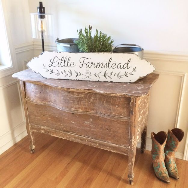 Farmhouse Decor to Make And Sell - Custom Vintage Farmhouse Style Sign - Easy DIY Home Decor and Rustic Craft Ideas - Step by Step Country Crafts, Farmhouse Decor To Make and Sell on Etsy and at Craft Fairs - Tutorials and Instructions for Creative Ways to Make Money - Best Vintage Farmhouse DIY For Living Room, Bedroom, Walls and Gifts #diydecor