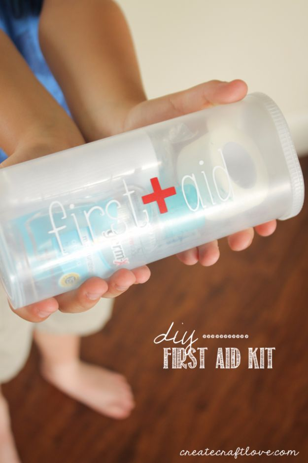 Best DIY Ideas for a Summer Road Trip - DIY First Aid Kit - Cool Crafts and Easy Projects to Make For Road Trips in the Car - Fun Crafts to Make for Vacation - Creative Ideas for Making Cheap Travel Ideas With Creative Money Saving Tips http://diyjoy.com/diy-ideas-summer-road-trip