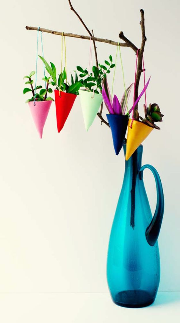 DIY Hacks for Renters - DIY Hanging Plant Holders - Easy Ways to Decorate and Fix Things on Rental Property - Decorate Walls, Cheap Ideas for Making an Apartment, Small Space or Tiny Closet Work For You - Quick Hacks and DIY Projects on A Budget - Step by Step Tutorials and Instructions for Simple Home Decor http://diyjoy.com/diy-hacks-renters