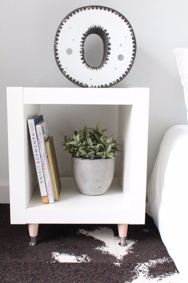 DIY Hacks for Renters - DIY Ikea Hack Side Table - Easy Ways to Decorate and Fix Things on Rental Property - Decorate Walls, Cheap Ideas for Making an Apartment, Small Space or Tiny Closet Work For You - Quick Hacks and DIY Projects on A Budget - Step by Step Tutorials and Instructions for Simple Home Decor http://diyjoy.com/diy-hacks-renters