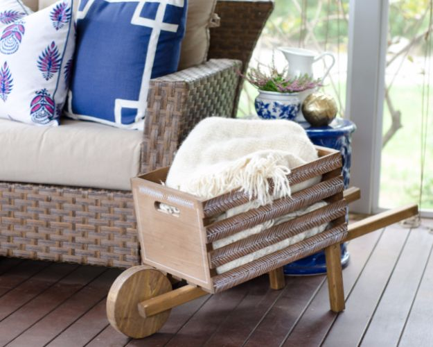 Farmhouse Decor to Make And Sell - DIY Rustic Wheelbarrow - Easy DIY Home Decor and Rustic Craft Ideas - Step by Step Country Crafts, Farmhouse Decor To Make and Sell on Etsy and at Craft Fairs - Tutorials and Instructions for Creative Ways to Make Money - Best Vintage Farmhouse DIY For Living Room, Bedroom, Walls and Gifts #diydecor